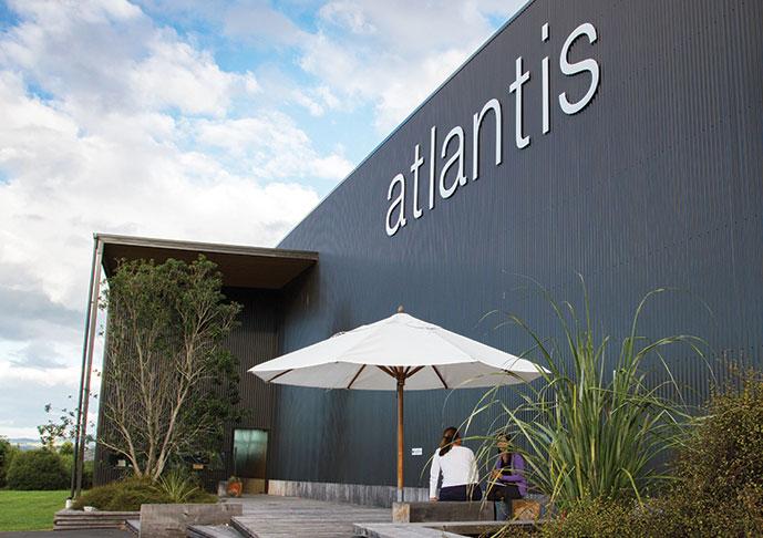 atlantis bathroom style
